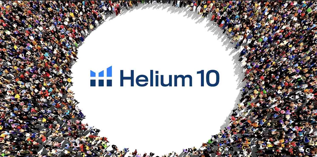 Crowd gathered around Helium 10